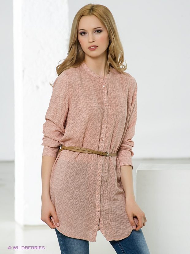 блузки: удлиненная светлая под пояс