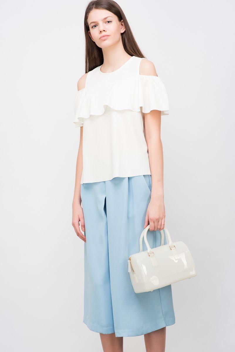 модные блузки 2018: с воланами белая открытые плечи