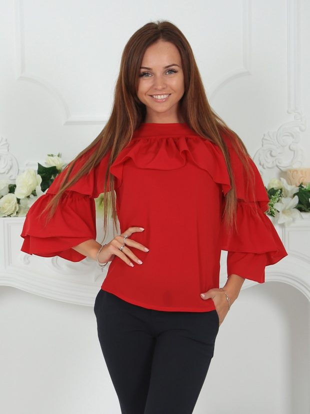 женские блузы: с воланами красная рукав длинный
