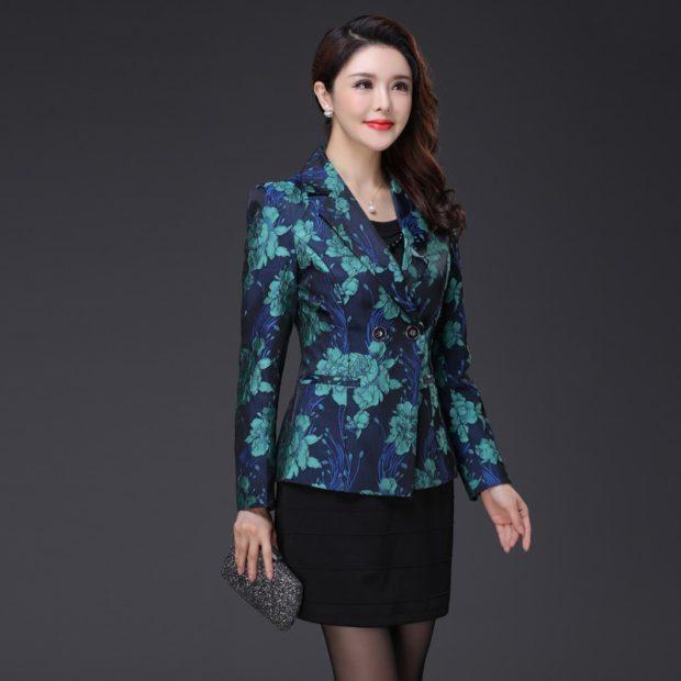 Модные пиджаки осень зима 2019-2020: в цветы синий с зеленым