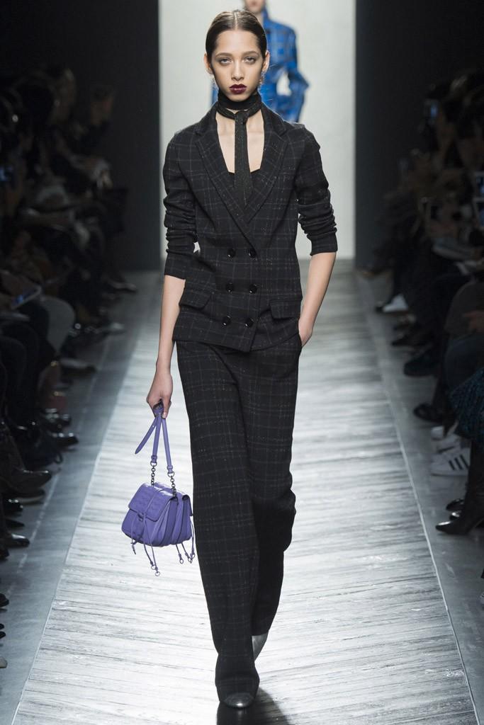 Модные пиджаки осень зима 2018 2019: пиджаки классический черный приталенный