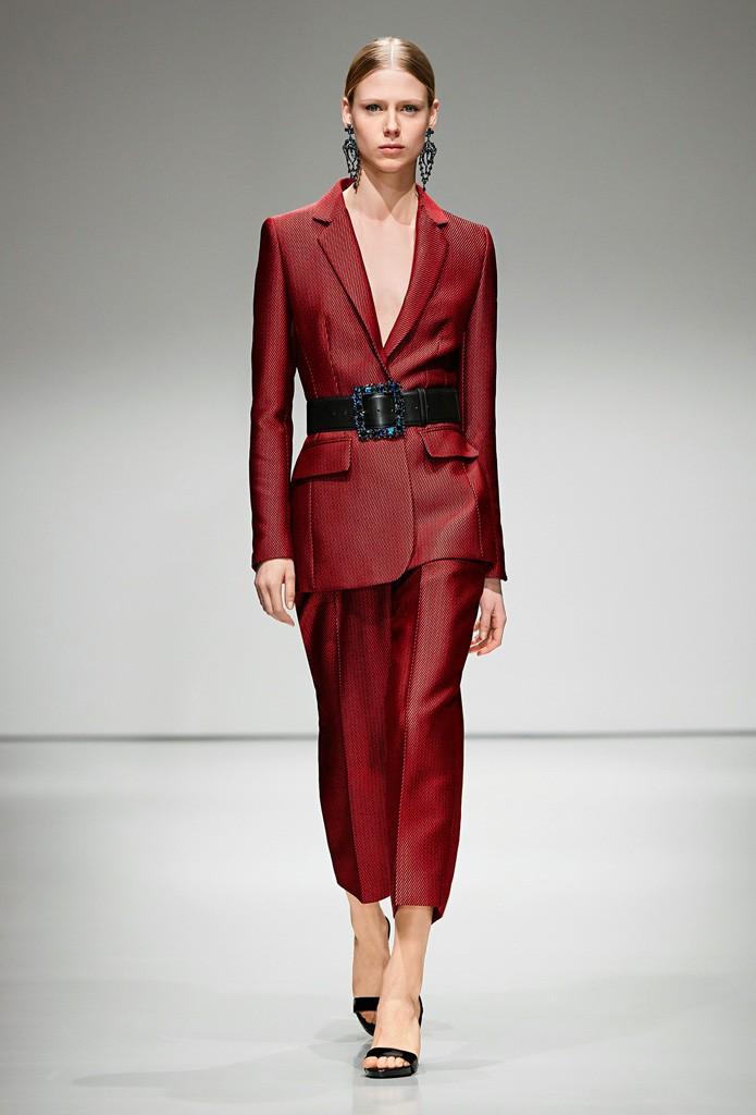 Модные пиджаки осень зима 2018 2019: с поясом красный с карманами