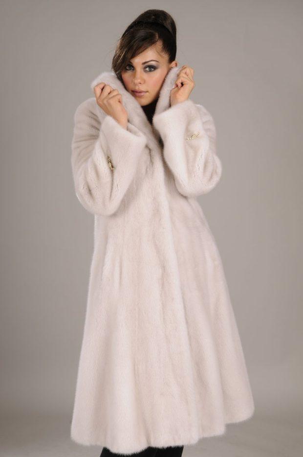 модные шубы 2019-2020: норковая белая приталенная
