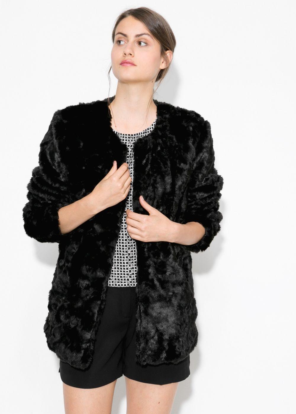 модные шубы 2018: шуба из искусственного меха черная на змейки