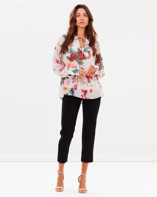 блузка новый год 2018-2019: цветочный принт длинный рукав