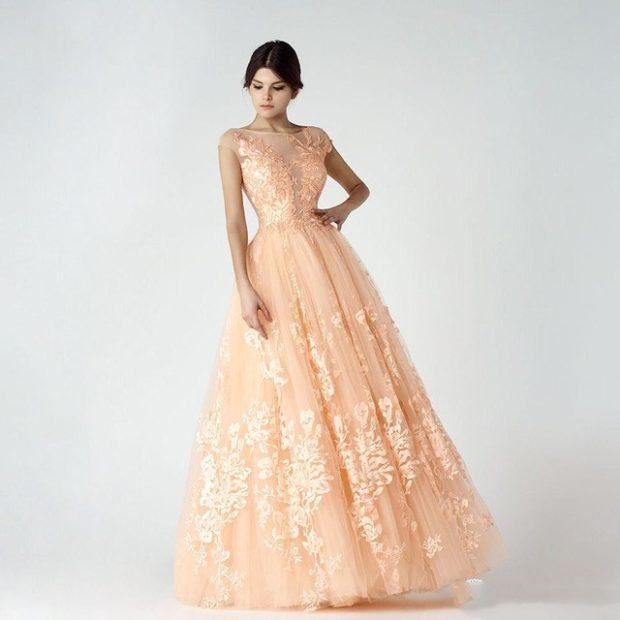 Цветовая палитра вплатьях весна лето 2018: летние платья, бледно розового цвета