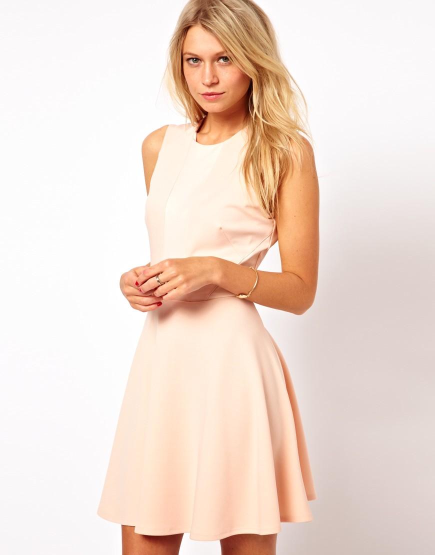 Цветовая палитра вплатьях весна лето 2018: летние платья, персикового цвета