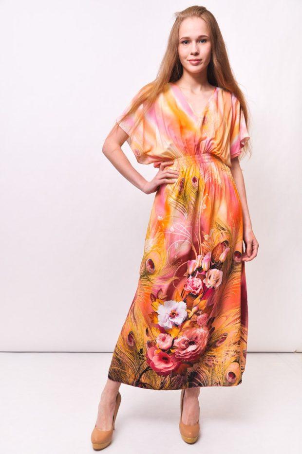пляжная мода 2019: сарафан в цветы шелк