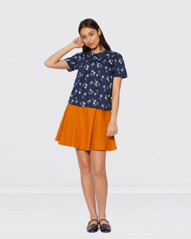 блузка с короткими рукавами: синяя с принтом