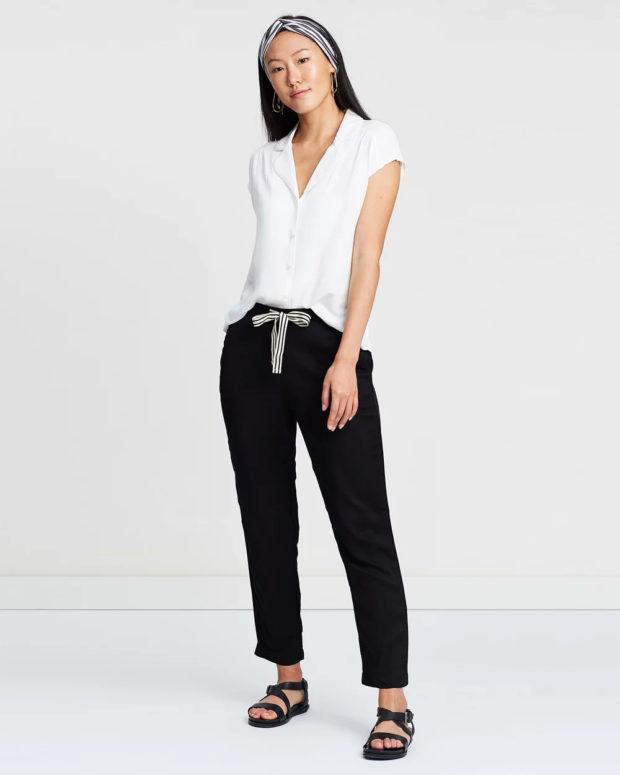 блузка с короткими рукавами: белая