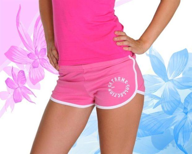 спортивные женские шорты розового цвета