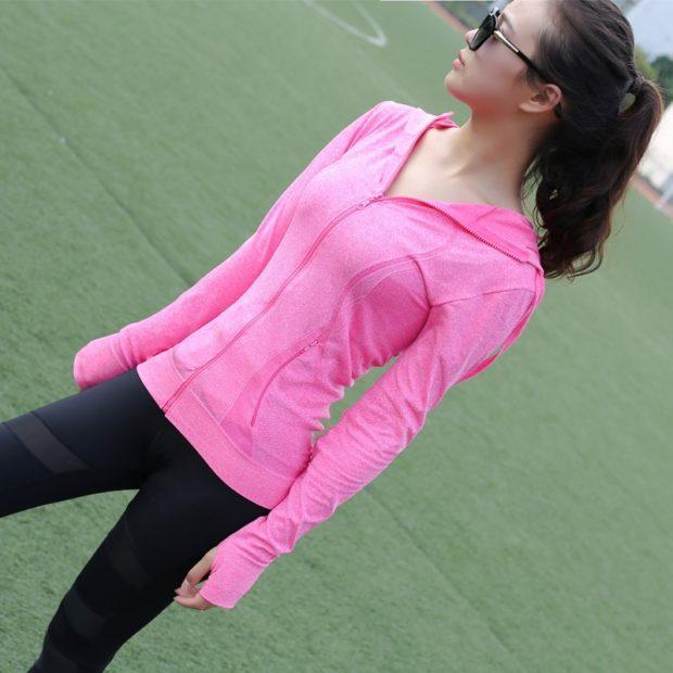 спортивный костюм леггинсы мастерка розового цвета