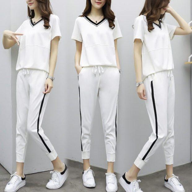 спортивный костюм леггинсы футболка белого цвета