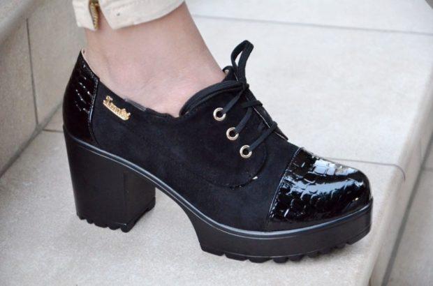 Туфли на толстом каблуке весна лето 2019: на толстом каблуке,на шнуровке, черного цвета