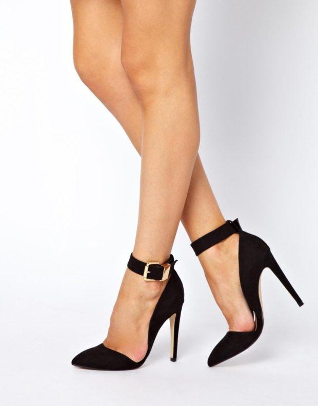 Туфли на шпильке с застежкой замша черного цвета