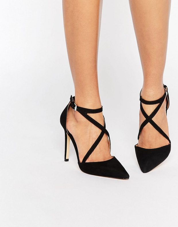 Туфли на шпильке с переплетами с застежкой замша черного цвета