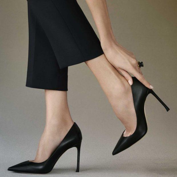 лодочки кожаные на каблуке черного цвета