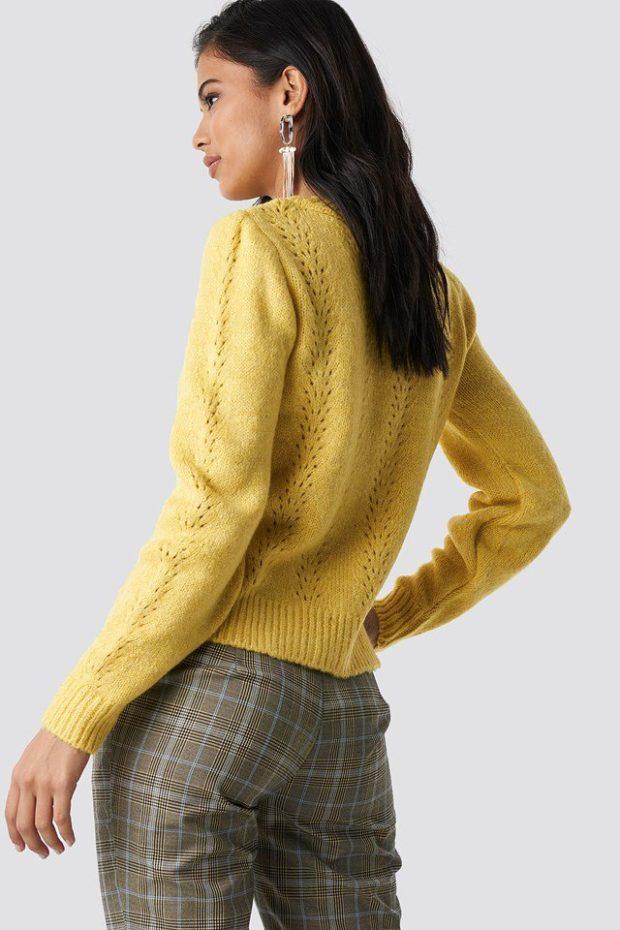 Вязаные свитера осень зима: лимонный