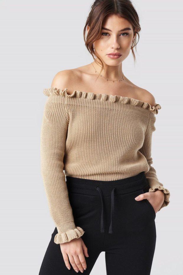 Вязаные свитера осень зима коричневый открытые плечи
