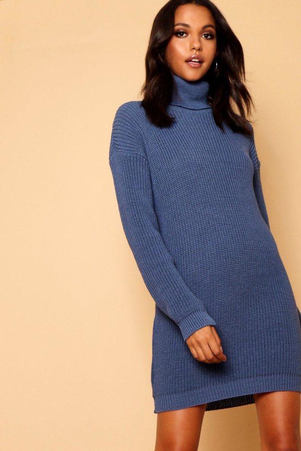 вязаное платье синее