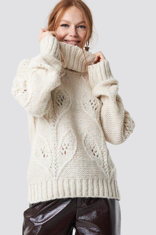 Вязаная мода осень зима 2019-2020: белый свитер с рисунком