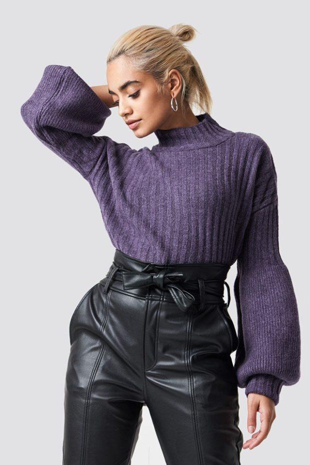 Вязаная мода осень зима 2019-2020: фиолетовый свитер