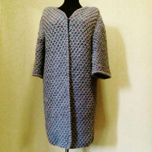 Вязаное пальто осень зима 2020-2021 вязаное осеннее пальто серого цвета,ручной работы, крупная вязка