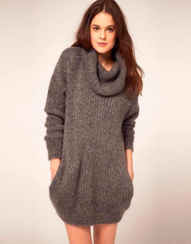 Вязаные свитера осень зима 2019 2020 платья теплое вязаное с широкой горловиной,длинным рукавом, серого цвета