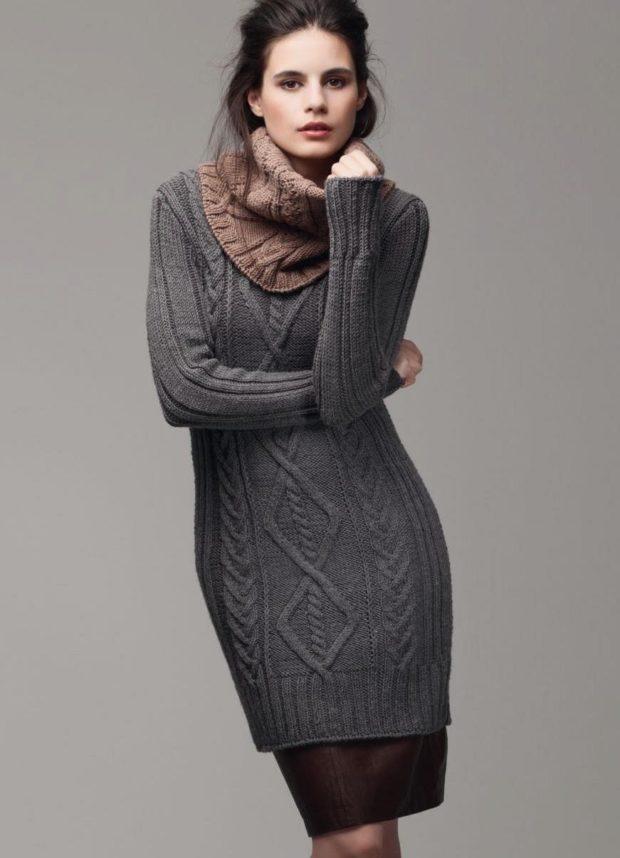 Вязаные свитера осень зима 2019 2020 платья, с длинной и широкой горловиной и длинным рукавом, с узором, серого цвета