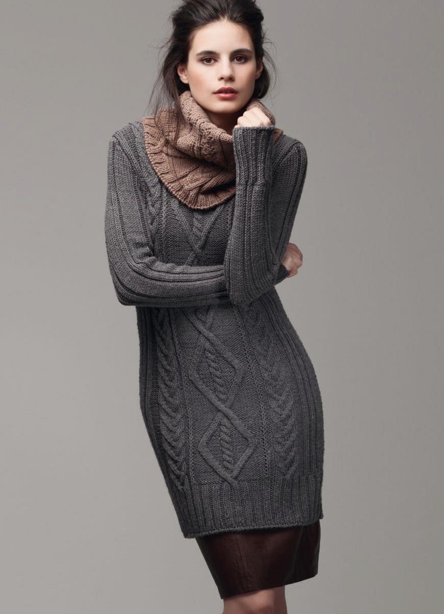 Вязаные свитера осень зима 2018 2019 Свитера-платья, с длинной и широкой горловиной и длинным рукавом, с узором, серого цвета
