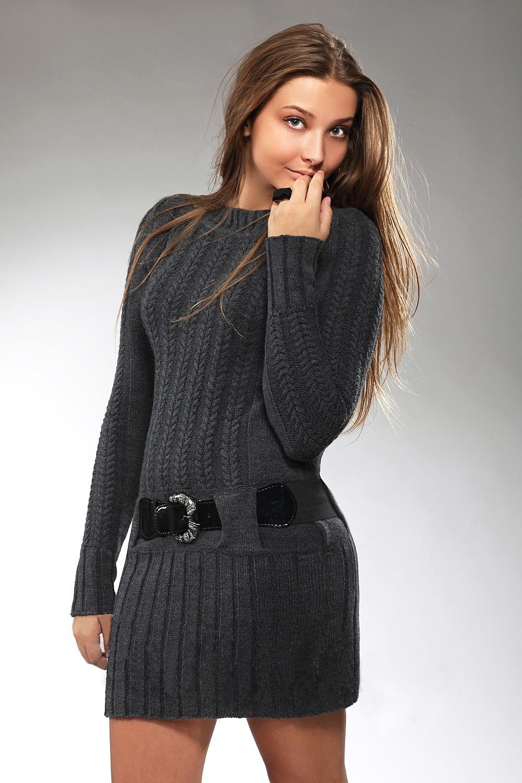 Вязаные платья осень зима 2018 2019 вязаное платье,с узором,черное
