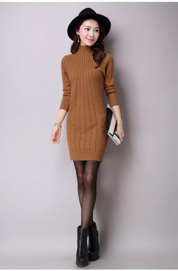 Вязаные платья осень зима 2019 2020 вязаное приталенное с узором,коричневое