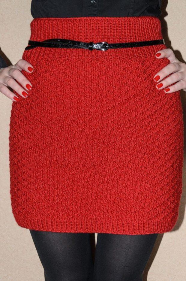 Вязаные юбки осень зима 2019 2020 вязаные юбки,мелкая вязка,с ремешком ,красная юбка