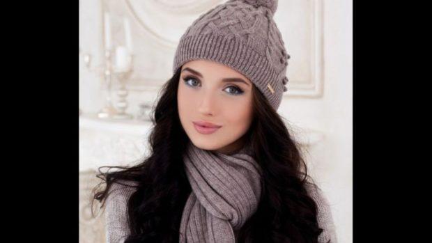 Вязаные шапки осень зима 2018 2019 вязаная шапка,средняя вязка с узорами и бубоном