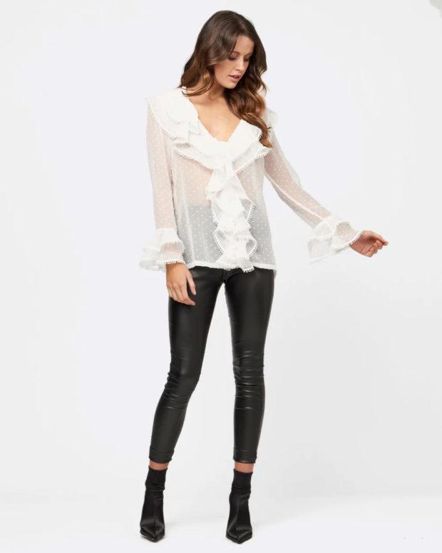 белая блузка: прозрачная кружево
