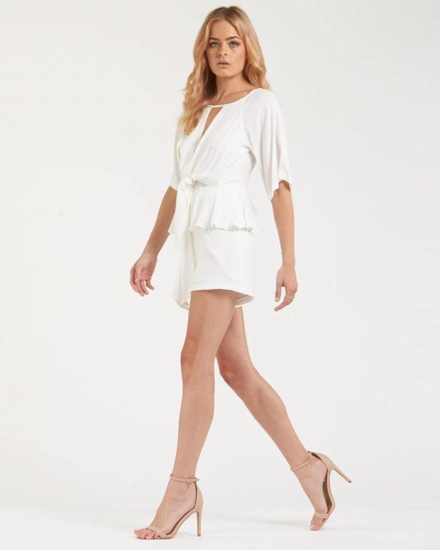 белая блузка: пышная