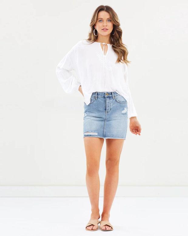 белая блузка: пышная под юбку