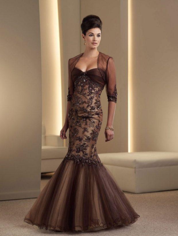 Что одеть на новогодний корпоратив 2020 фото: платье коричневое рыба ажурное