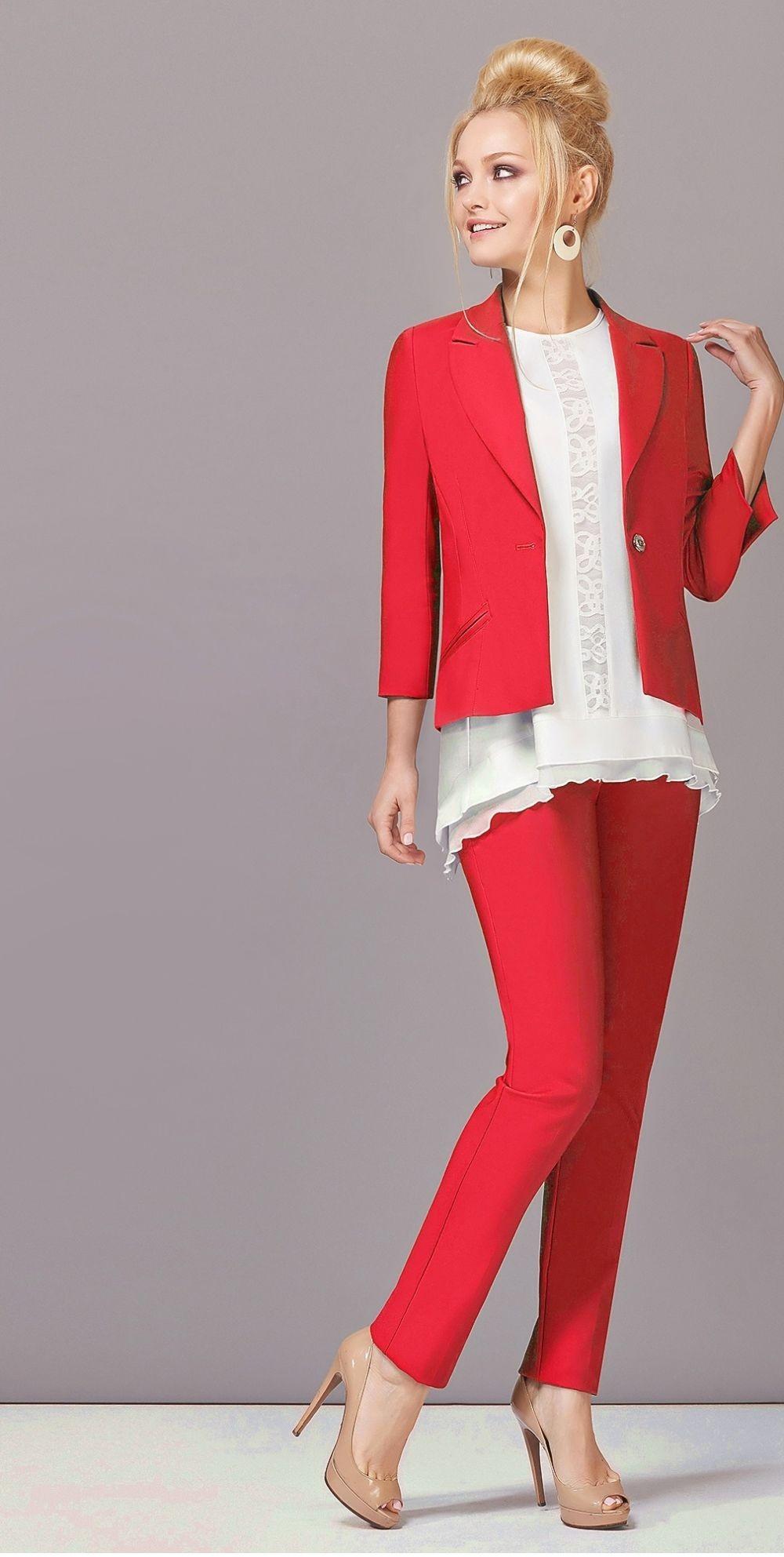 Что одеть на новогодний корпоратив 2019 фото: костюм брючный красный