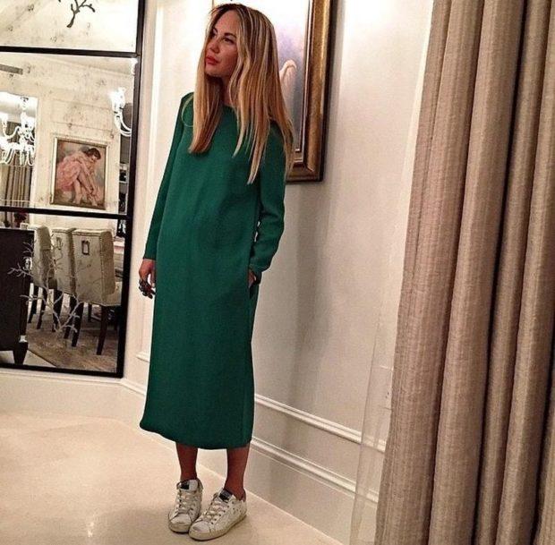 Что одеть на новогодний корпоратив 2019 фото: платье зеленое миди рукав длинный зеленое