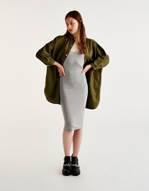 Что одеть на новогодний корпоратив 2019 фото: платье серое трикотаж