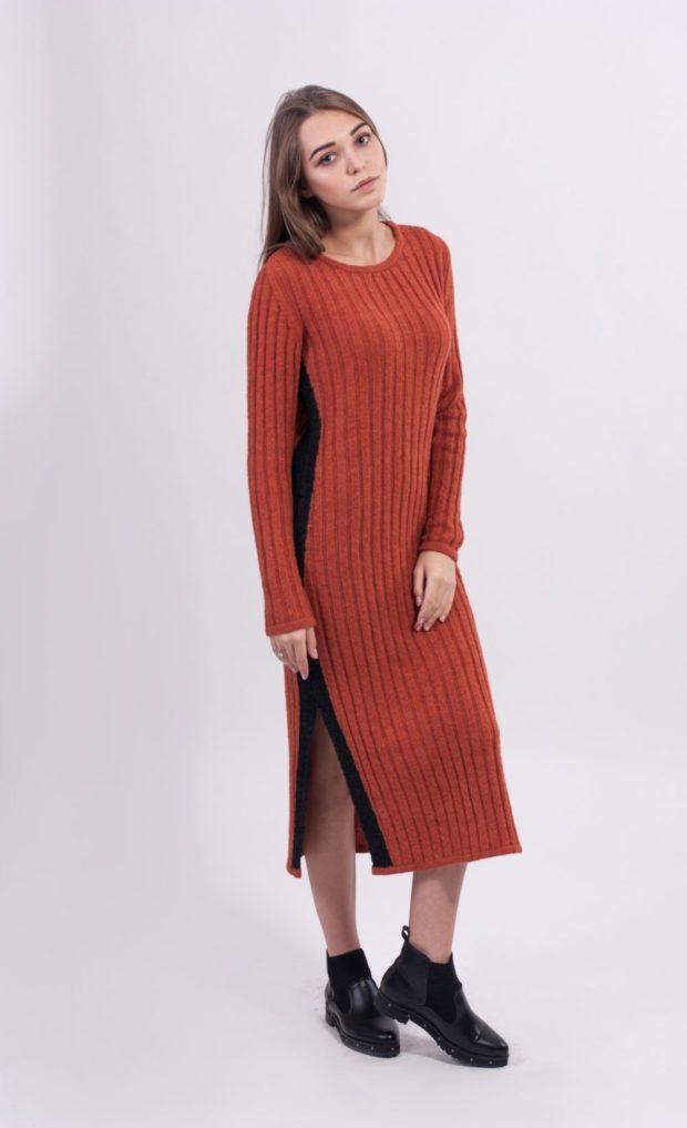 Что одеть на новогодний корпоратив 2020: платье красное миди вязаное