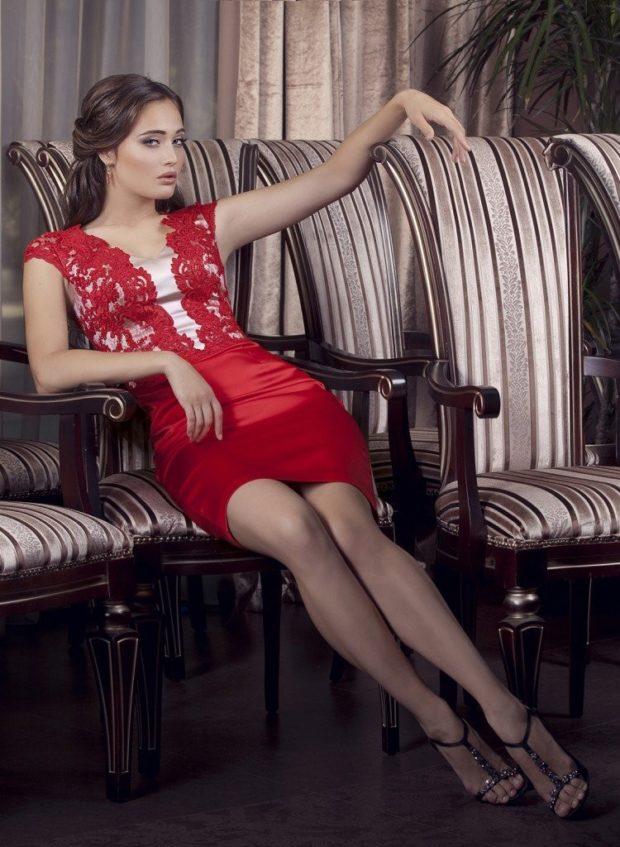 Что одеть на день Святого Валентина 2020: красное с кружевом