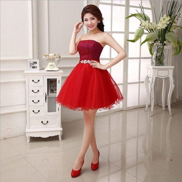 Что одеть на день Святого Валентина 2020: платье вечернее красное пышная юбка