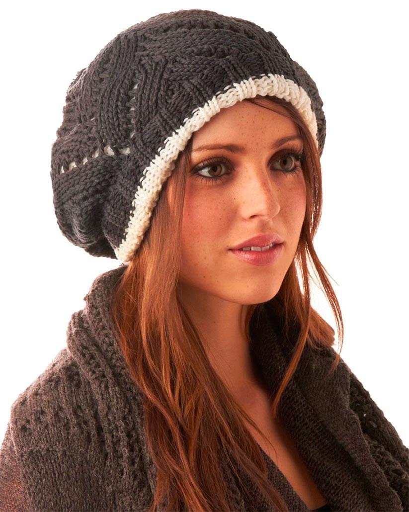 Как носить шапку с челкой: вязаный берет с челкой серый с белой полоской и бубоном