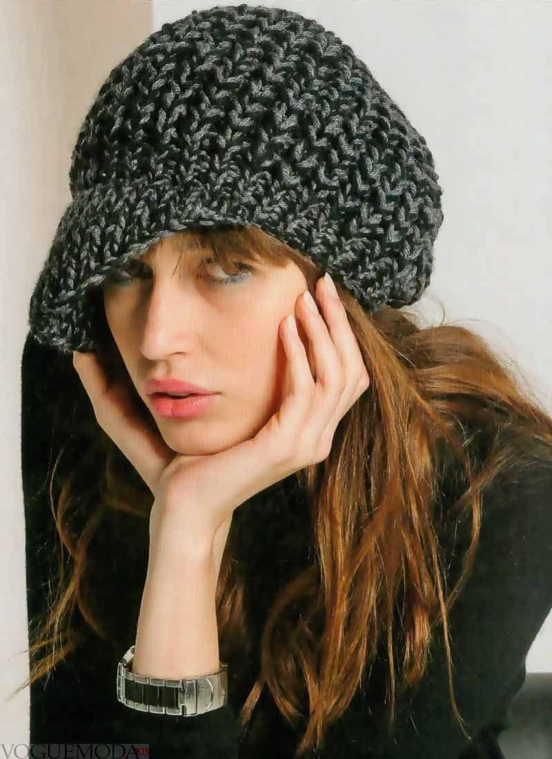 Как носить шапку с челкой: кепи вязаный серный