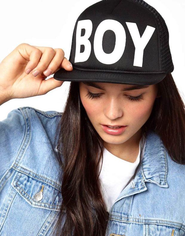 Как носить шапку с челкой: кепи с надписью серный