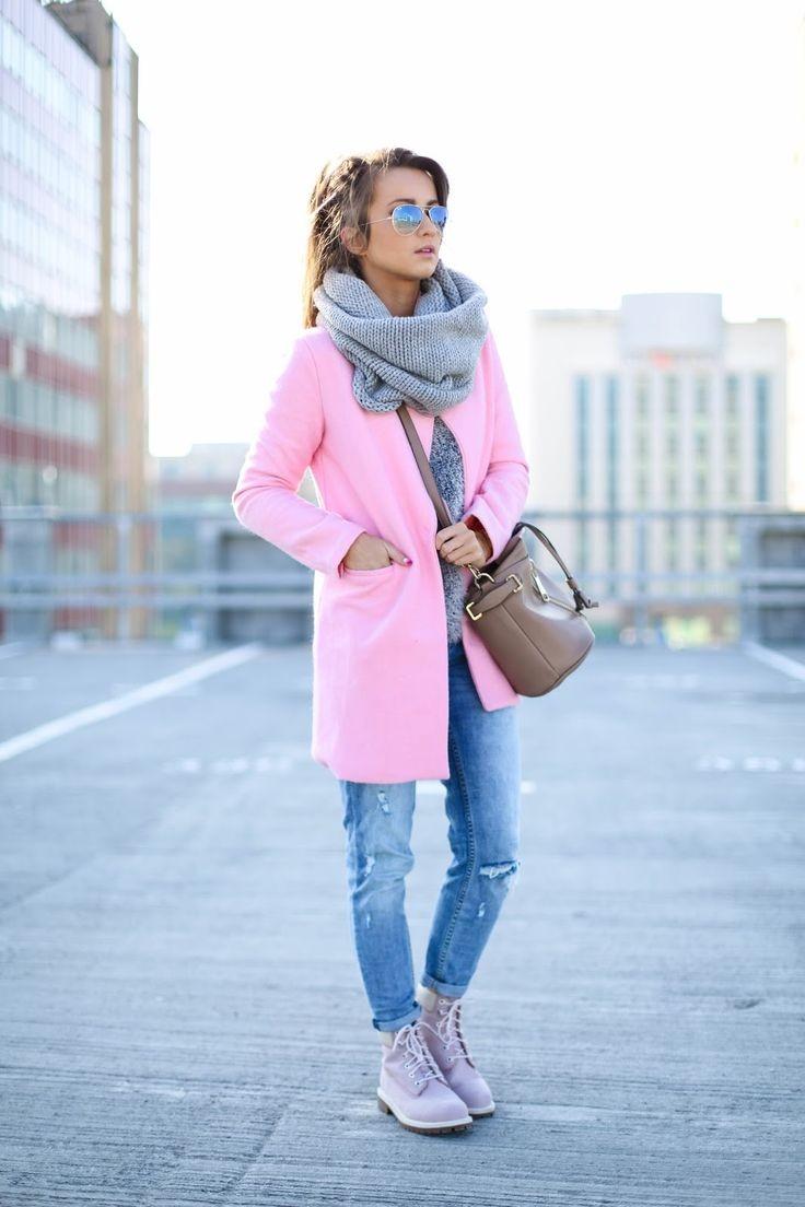 Как правильно носить хомут:серый  на пальто