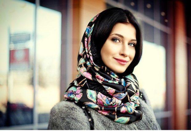 Как правильно носить хомут: цветное на голову как косынка
