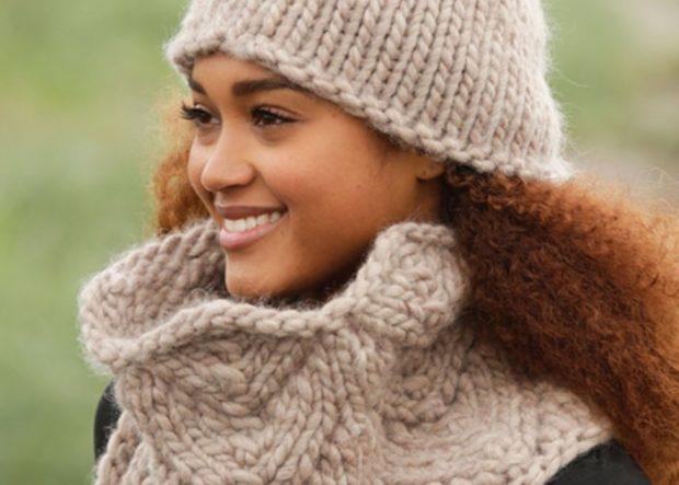 Какую шапку носить с курткой: вязка крупная светлая